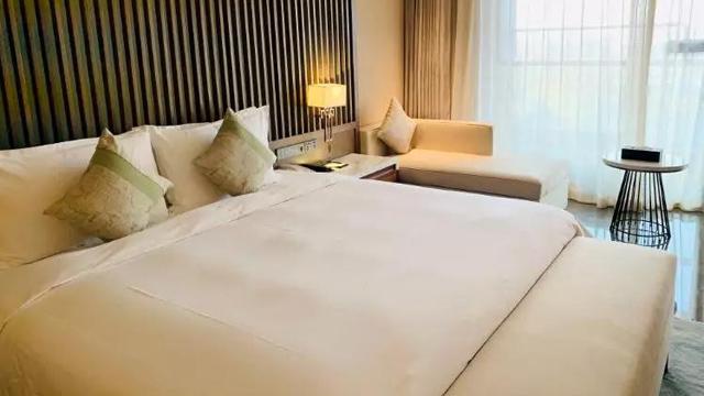 来延庆世园海泉湾商务酒店特色汤池泡温泉啦