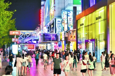 西单商圈依然年轻丨老百货转型重拾人气 新商业综合体引领潮流