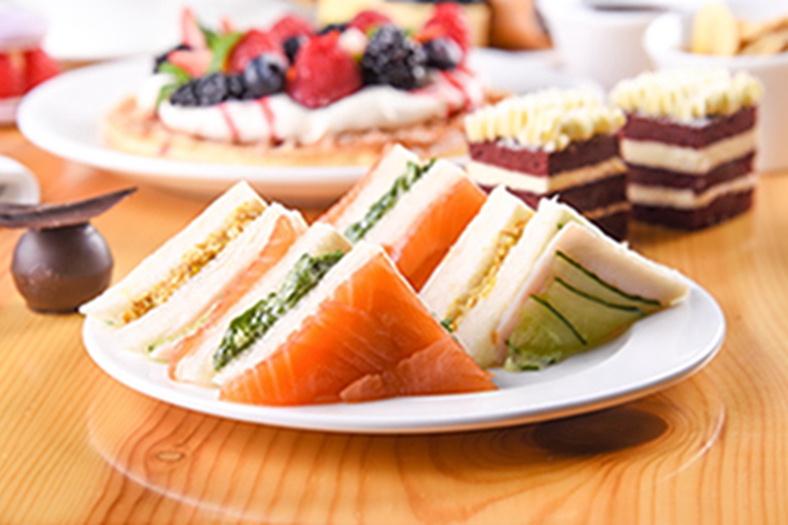 金茂北京威斯汀大饭店推出华夫饼下午茶