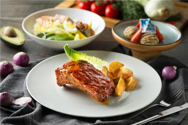 希爾頓廿九閣西餐廳 用美食開啟精彩百年紀念之旅!