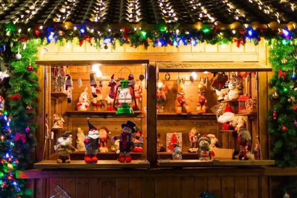 在長城下的圣誕小鎮,邂逅冬日仙境童話