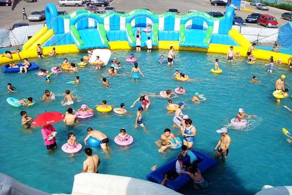 暑假来临,带孩子开启快乐水上乐园之旅吧!
