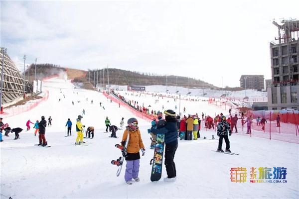 翠云山银河滑雪场2019-2020雪季季卡限量预售,优惠优惠就是优惠!
