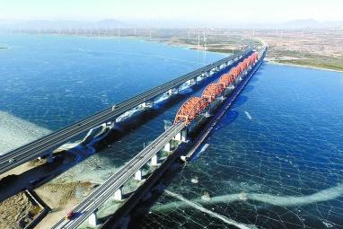 2022年冬奥会重点项目京张高铁官厅水库特大桥