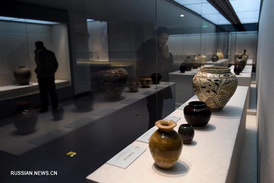 Сокровища древней столицы династий Ляо и Цзинь показали в Пекине