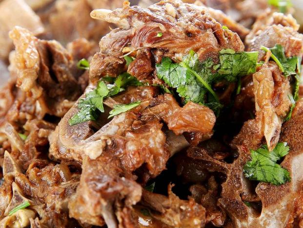 北京羊蝎子哪家強?立冬最美老北京美食