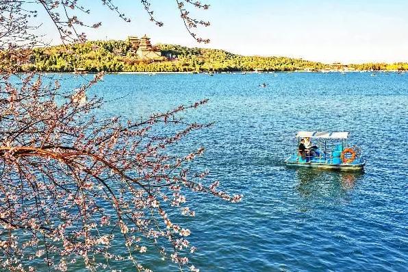 登龙船,坐画舫 颐和园环湖赏景