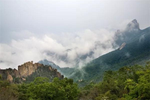 """看黄山不用去安徽,88必发娱乐隔壁就有一座美爆的""""小黄山""""啊…"""
