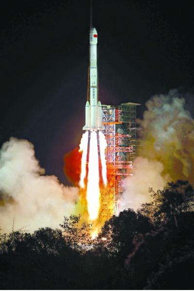 """嫦娥四号开启人类首次""""月背之旅"""""""