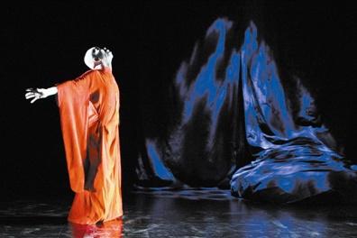 日本舞踏《暗黑石棺》中国首演