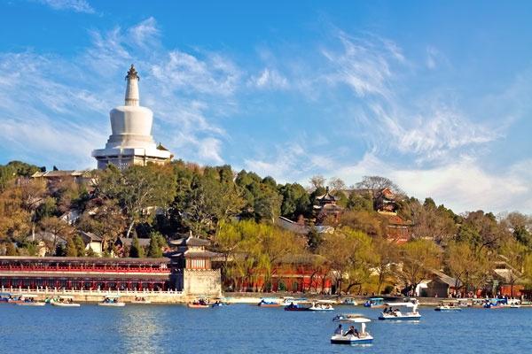 在这最好的季节,寻找北京最美的划船地方