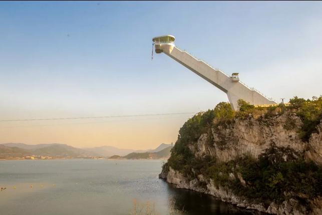 网站首页 美丽乡村游 其他 >> 金海湖风景区,综合性水上娱乐场所