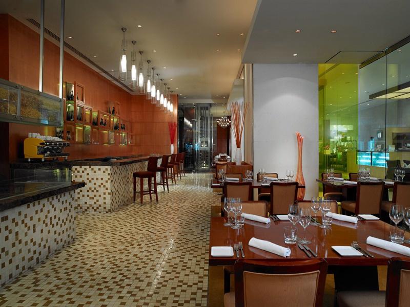 北京金融街威斯汀大酒店推出情人节浪漫套餐