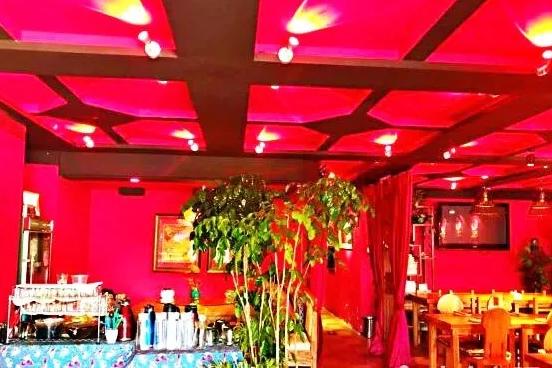 感受云南风情:云水姑娘云南餐厅