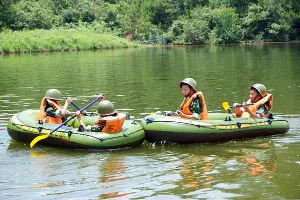 北辰区泉水湾旅游度假区 推出DNT皮划艇主题夏令营活动
