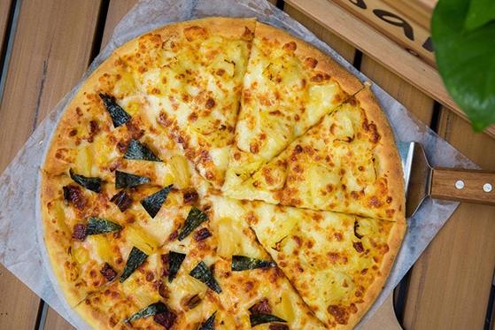 乌巢比萨主义主题餐厅,这家的披萨有点好吃!