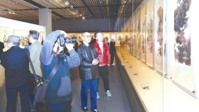 """""""多少楼台烟雨中""""绘画作品展在中国园林博物馆展出"""