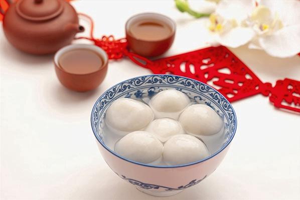 元宵佳节,今晚您是吃元宵啊还是吃汤圆?