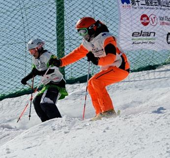 第十二届密云南山业余猫跳滑雪比赛活动