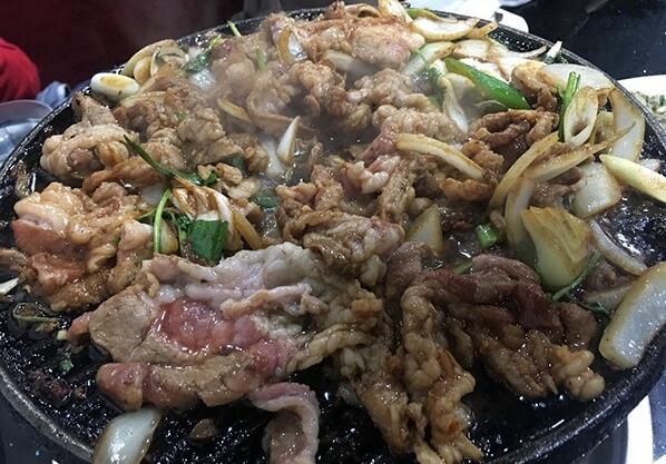 京城最蛮横的美食,吃饭必须先约架!