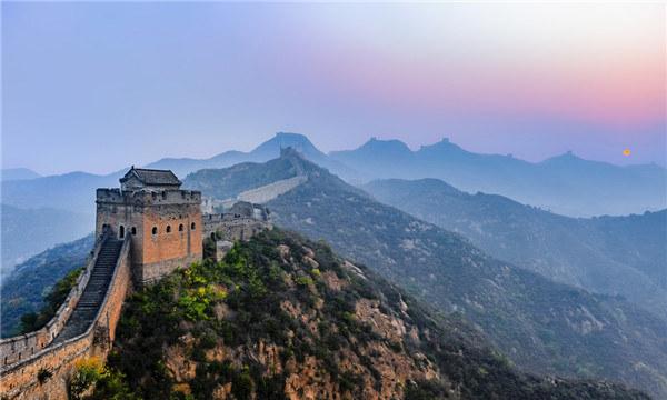 河北省大力发展红色旅游
