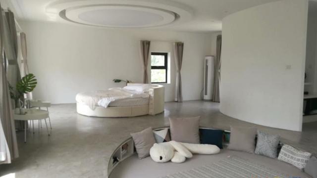 丫頭的客廳,一個時空轉換器