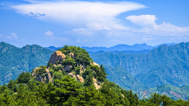 """这座会呼吸的""""避暑凉岛"""",距北京市区仅2h,温度比京城还低10°C!"""