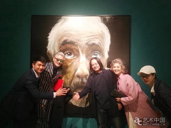 张肇达艺术展亮相山水美术馆 融合具象与抽象的对峙